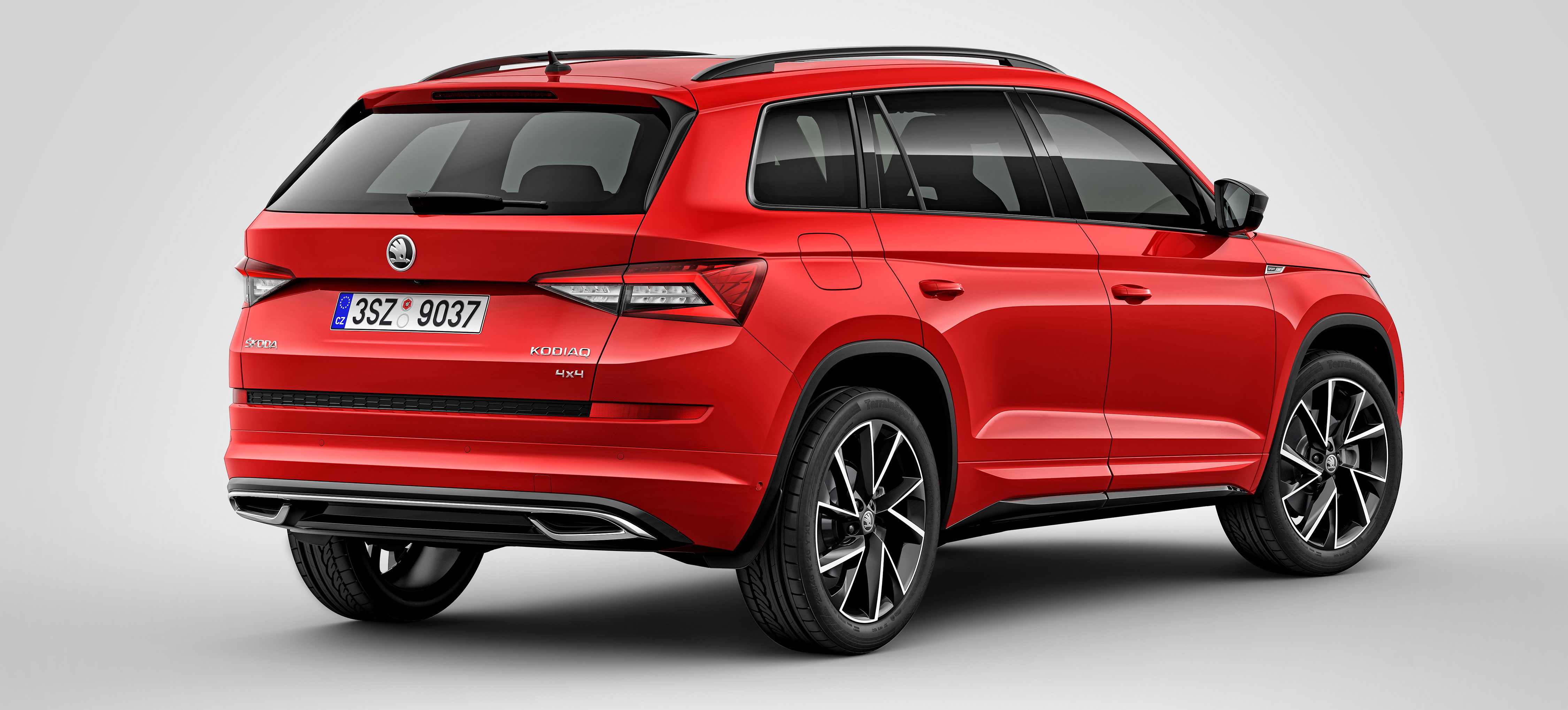skoda kodiaq sportline preise motoren verkaufsstart. Black Bedroom Furniture Sets. Home Design Ideas